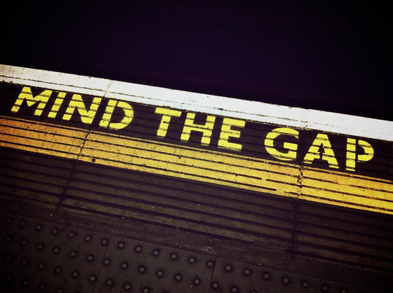 Image of a Mind The Gap Platform Safety Sign